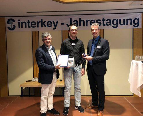 Überreichung Mitgliedsurkunde Fachverband Interkey